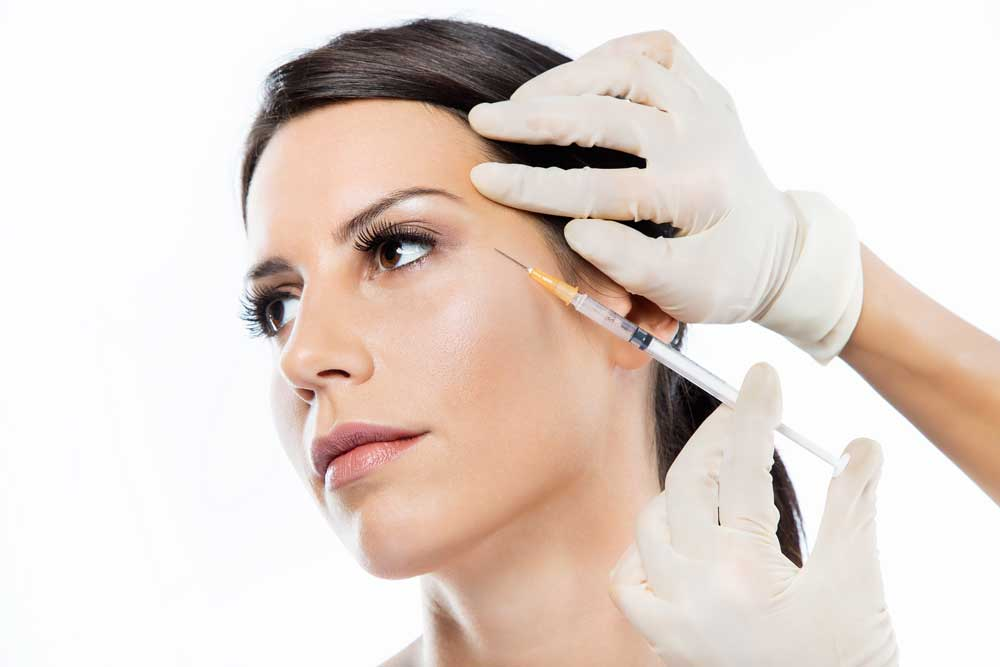 women undergoing botox injection to fight off wrinkles
