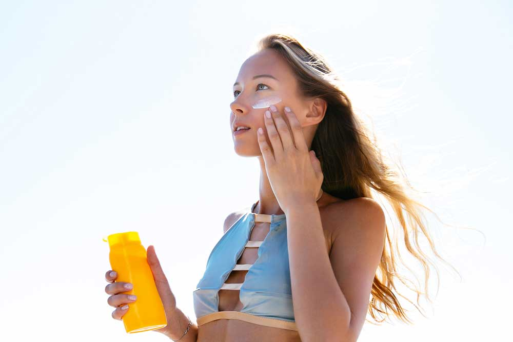 using sun screen on your face can help to fight off harmful uv ray from the sun that causes wrinkles
