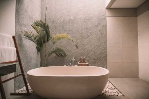 How-to-turn-your-bathroom-into-a-luxurious-spa